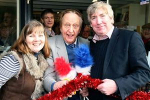 Ken Dodd at Literally bookshop in New Brighton 2012. Stuart Bogg Imaging