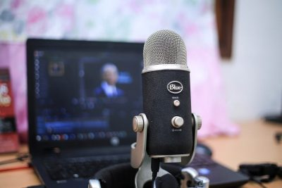 Photo of microphone & laptop